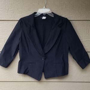 Fashion to Figure cropped black blazer 2x